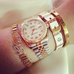 Money is the anthem of succes ☂ ☻ ☺ ☂ Rich Kids Of Instagram, Fancy Nancy, Luxe Life, Stackable Bracelets, Arm Party, Rich Girl, Disney Family, Cartier Love Bracelet, Rolex