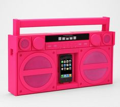 The iP4, a portable iPod dock by iHome