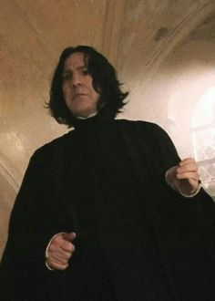 Professor Snape>>>> The. Way. He. Holds. His. Hands. *sigh*