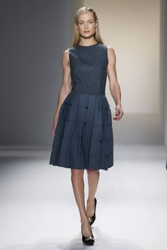 Calvin Klein Collection RTW Fall 2013 - Slideshow - Runway, Fashion Week, Reviews and Slideshows - WWD.com