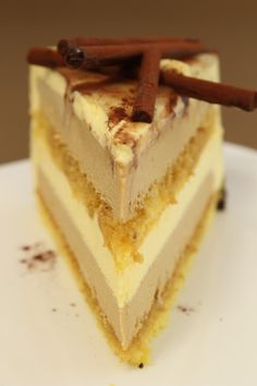 Cuddles of sweetness: The creaminess That You pull upwards . Italian Desserts, Köstliche Desserts, Delicious Desserts, Pastry Recipes, Cake Recipes, Dessert Recipes, Far Breton, Blog Patisserie, Modern Cakes