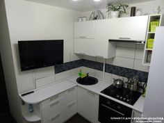 Квадратная маленькая кухня дизайн