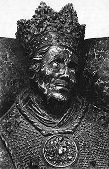 Casimir IV Jagiellon 1427 – 1492 House of Jagiellon was Grand Duke of Lithuania from 1440, and King of Poland from 1447, until his death 1492. (the Sforza's a few years later took over this line) Sigismund I of Poland was Casimir son and he married Bona Sforza. After the death of his first wife.