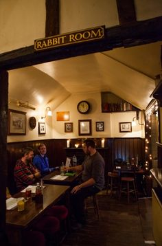 Photo of Eagle and Child, Oxford: Rabbit Room. This is where Tolkien and Lewis would get together and talk weekly. Can you imagine listening to those conversations? Home Pub, Gastro Pubs, Diy Shed Plans, Oxford England, Close Up Photos, British Isles, Tolkien, Brewery, Grub Ideas