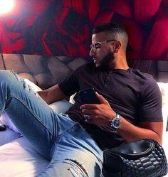🇨🇩⭐K I M B E R L Y⭐🇨🇩 - ●42● - Page 2 - Wattpad Romanian Men, Flipagram Instagram, Handsome Arab Men, Eye Candy Men, Fine Boys, Daddy Bear, Hommes Sexy, Boys Over Flowers, Beard No Mustache