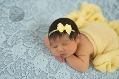 Book Bebe, Foto Newborn, Cute Baby Wallpaper, Kids And Parenting, Newborn Photography, Photos, Pictures, Cute Babies, Maternity