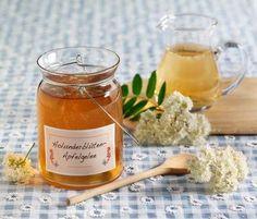 Holunderblüten-Apfel-Gelee Healthy Eating Tips, Healthy Nutrition, Chutneys, Fruits And Vegetables, Veggies, Vegetable Drinks, Fun Desserts, Cool Kitchens, Curry