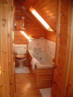 33 tiny house bathroom shower tub ideas 38 « Home Decoration Tiny Bathrooms, Tiny House Bathroom, Small Bathroom, Small Tub, Lodge Bathroom, Bathroom Tub Shower, Wood Bathroom, Attic Bathroom, Bathroom Ideas