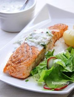 Łosoś pieczony Tzatziki Sauce, Fish And Seafood, Fish Recipes, Turkey, Dinner, Cholesterol, Diet, Salmon, Dining