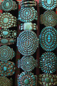 ~Turquoise cluster bracelets from Uchizono  Gallery.