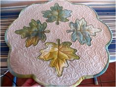 FREE pattern: Summer Leaf Table Mat (from Art Threads)
