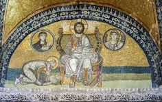 Imperial Gate mosaics in the former basilica Hagia Sophia of Constantinople (Istanbul, Turkey) The emperor Leo VI the Wise is bowing down before Christ Pantocrator. In medallions: on the left of Christ, the Archangel Gabriel; on his right, Mary. Ste Sophie, Hagia Sophia Istanbul, Medieval, Byzantine Architecture, Byzantine Art, Byzantine Mosaics, Romanesque, Religious Art, Religious Icons