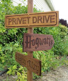 Harry Potter Garden Sign Post - Hogwarts - Privet Drive - Diagon Alley - Garden Decor - Fictional Places