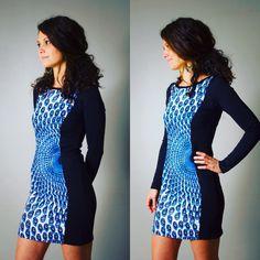 """Robe """"Alice"""" pour femme, noire et bleue, Wax bleu, courte, manches longues, sexy, ethnique, ethnic, moulante, woman dress, Blue, prints, de la boutique AllByK sur Etsy"""