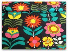 60s Swedish Flowers FQ circa 1960s Vintage Fabric www.vintagefabriconline.com