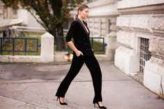 Italian blogger Angelica is CHIC in our Cleo tuxedo jacket.