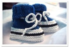 a60a7db554b How to Make Knitted Converse Baby Booties - CraftStylish Baby Knitting  Patterns