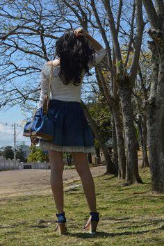 Look saia jeans com renda blog Ela Inspira  - http://www.elainspira.com.br/kiss-me-look-ladylike/