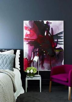 Love the painting and the colours of this bedroom <3