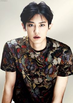 Exo - Chanyeol WAAAAH I JUST HAD A HEART ATTACK CHAANIIIIIIIE OPPAAAAA DON'T LOOK AT ME WITH THOSE EYES!!!!!!!!!!!!!!!!!!!!