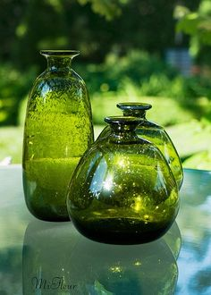 green glass vases with bubble textures - to be used with groupings of candles and pink vases on end tables / coffee tables Old Bottles, Antique Bottles, Vintage Bottles, Green Glass Bottles, Green Colour Palette, Green Colors, Colour Palettes, Colours, World Of Color