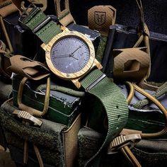 raw series - oak || minimalistic wood & stone watch
