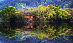 Jaewoon U, a landscape photographer based in Seoul, has a great eye for finding stunning landscapes that have been reflected in mirror-like lakes and rivers.