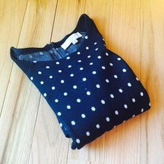 LOFT Polka Dot Sweater LOFT Black and White Polka Dot Sweater. Excellent Condition. Great with leggings or skinny jeans!  Front pockets and back neck zipper detailing.  no tradeno holdsno PayPalno lowball offers✅10% off when bundled using the bundle feature PRICE IS FIRM LOFT Sweaters Crew & Scoop Necks