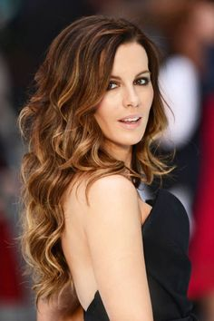 Kate Beckinsale must be the most gorgeous woman alive. And her hair always looks beyond fabulous.