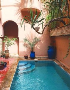 outdoor oasis backyard with pool ~ outdoor oasis backyard . outdoor oasis backyard with pool . outdoor oasis backyard on a budget Small Backyard Pools, Small Pools, Oasis Backyard, Outdoor Spaces, Outdoor Living, Outdoor Decor, Kleiner Pool Design, Courtyard Pool, Small Pool Design