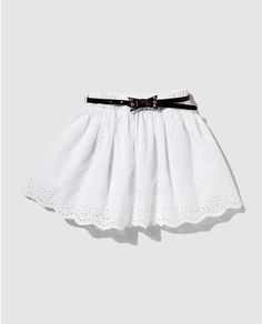 Falda perforada de niña Brotes blanca con cinturón