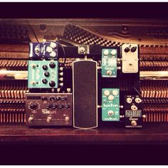 Jeffrey Kunde's small interim pedal board while his larger one is in the shop.