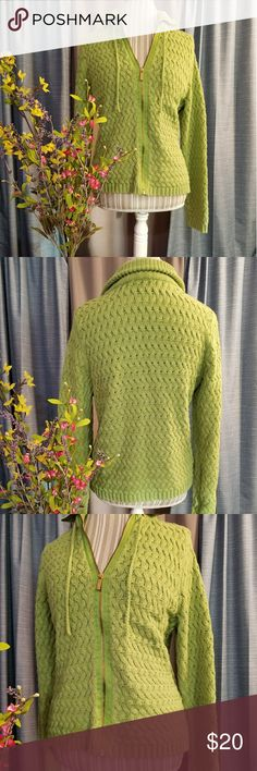 🌻🌺🌻LIZ & CO CABLE KNIT JACKET!! SIZE:large   BRAND:Liz & CO   CONDITION:very good, no flaws    COLOR:green (best seen in 2nd photo)  Cute for spring!   🌟POSH AMBASSADOR, BUY WITH CONFIDENCE!   🌟CHECK OUT MY OTHER ITEMS TO BUNDLE AND SAVE ON SHIPPING!   🌟OFFERS WELCOME!   🌟FAST SHIPPING! Liz Claiborne Jackets & Coats
