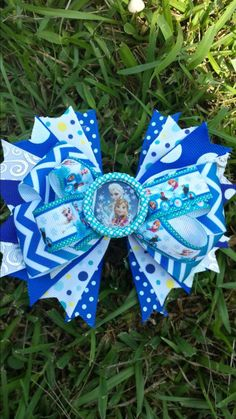 Check out this item in my Etsy shop https://www.etsy.com/listing/201098061/6-girls-spiked-boutique-style-hair-bow