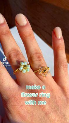 Diy Beaded Rings, Wire Jewelry Rings, Wire Jewelry Designs, Handmade Wire Jewelry, Diy Crafts Jewelry, Wire Wrapped Jewelry, Jewlery, Diy Rings Easy, Diy Bracelets Easy