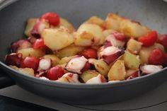 タコじゃがトマトのガーリック炒め。 by 栁川かおり | レシピサイト「Nadia | ナディア」プロの料理を無料で検索
