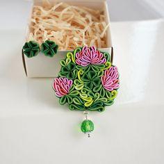 Купить Комплект Клевер, брошь и серьги из полимерной глины - ярко-зелёный, брошь клевер
