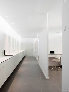 Sara Bureu - Dental Clinic by Susanna Cots 13: