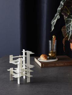 Design inspiration Lysverk white candle holder by Gejst Dark Colors, Bright Colors, Colours, White Candle Holders, Bright Homes, Tea Lights, Design Inspiration, Candles, Sculpture
