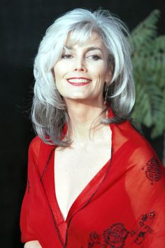 17 Silver Vixens Who Will Have You Canceling Your Next Dye Job #refinery29 Emmylou Harris, rock star