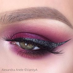 Magenta glitter cat eye