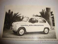 ANTIGUA FOTOGRAFIA COCHE COCHES 600 SEISCIENTOS SELLO AÑO 1960 t. postal med. 10x14 cm