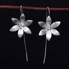 PXCHZQ Long section fashion temperament aesthetic earrings lotus silver earrings female Thai silver wire drawing crafts sweet OL