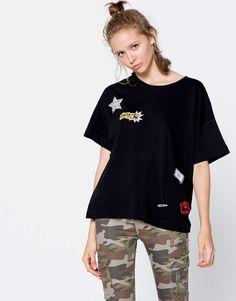 Camiseta parches - Camisetas - Ropa - Mujer - PULL&BEAR España