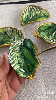 Diy Resin Art, Diy Resin Crafts, Diy Crafts Hacks, Diy Home Crafts, Diy Arts And Crafts, Creative Crafts, Fun Crafts, Nature Crafts, Jewelry Crafts