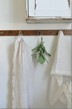 I love this clean and rustic look for a kitchen or bathroom. #home #decor #simple