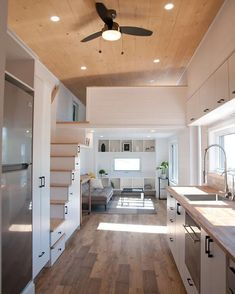 Tiny House Movement: Your Guide to Tiny Home Living Tiny House Loft, Modern Tiny House, Tiny House Living, Tiny House Plans, Small House Design, Home And Living, Living Room, Tiny House 2 Bedroom, Tiny House Bathtub