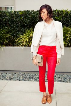 Jacket- Zara, Blouse- H&M, Trousers- Zara, Shoes- Penelope & Coco, Clutch- Zara,  All Jewelry- Vintage> Love the whole outfit especially the red pants!