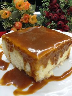This lovely dessert is actually a celebrity in New York in America.- Bu güzel tatlı aslında Amerika& Newyork& ünlü bir pastahanenin … This beautiful dessert was actually a famous pudding in a famous patisserie in New York, with its name. Nordic Recipe, Delicious Desserts, Yummy Food, Salty Foods, Beautiful Desserts, Turkish Recipes, Sweet Cakes, Yummy Cakes, Cake Recipes