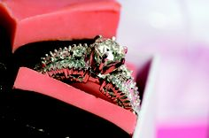 #Matrimonio #Novias #Anillos #Boda Encuentre más ideas y diseños en novias.co.cr